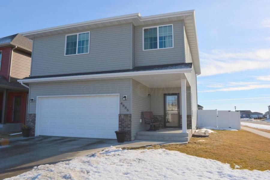 4886 CHELSEA Ln, Fargo in Fargo, North Dakota Real Estate - Homes & Land