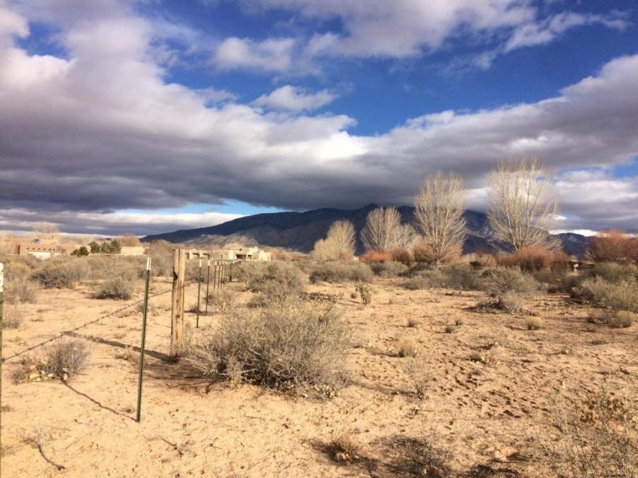 Camino De Claudio, Corrales, New Mexico