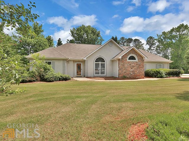 One of Newnan 4 Bedroom Ranch Homes for Sale