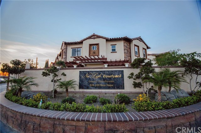 628 1 South Newhope Street, Santa Ana, California