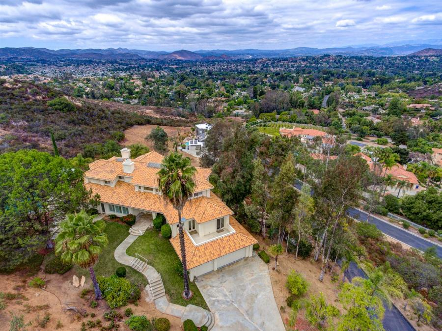 12960 Glen Circle, Poway Gated for Sale