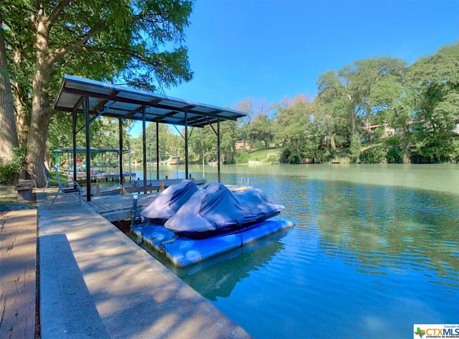 386 Riverview, Lake McQueeney, Texas