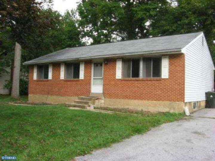 One of Newark 3 Bedroom Ranch Homes for Sale