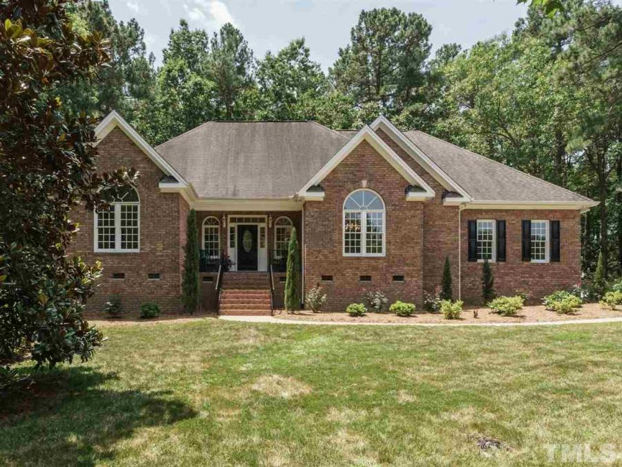 2521 Maxton Crest Drive, Apex, North Carolina